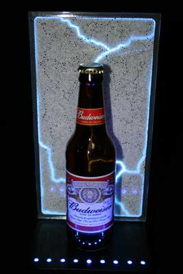 Lightning / plasma display for bottles